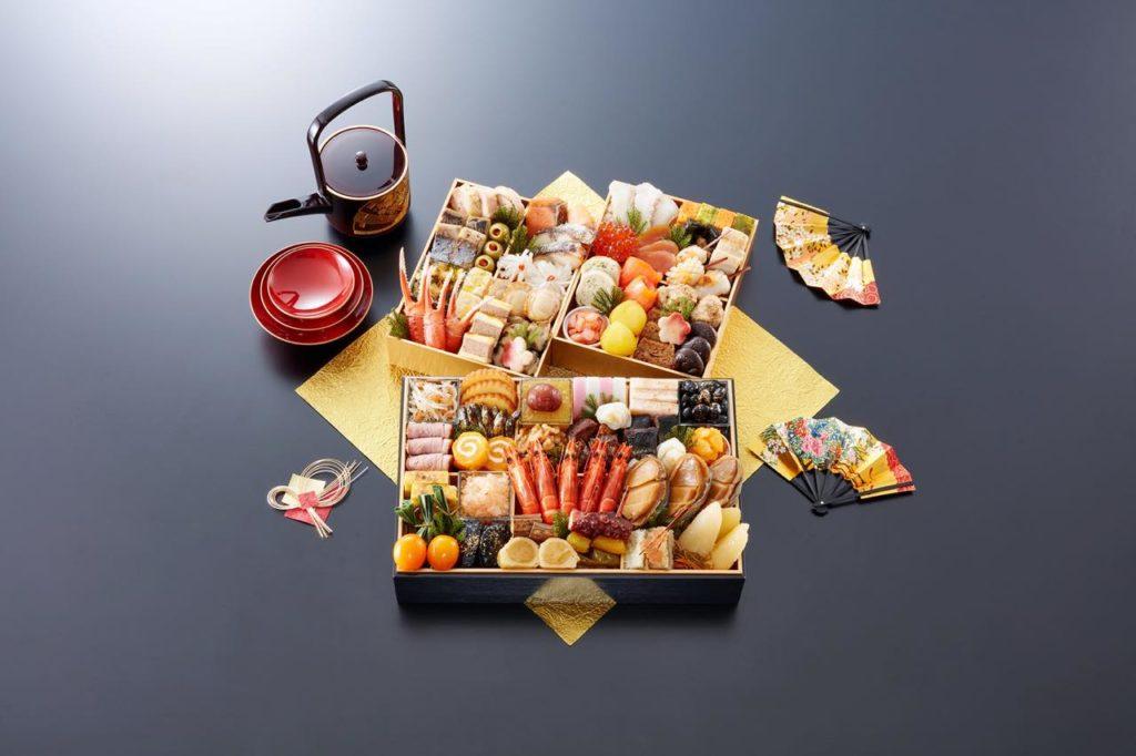 【匠本舗のおせち】京都御所南 京料理「やまの」監修三箱二段重 珠天箱(たまてばこ)